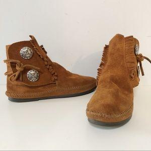 Minnetonka suede rubber sole moccasin booties
